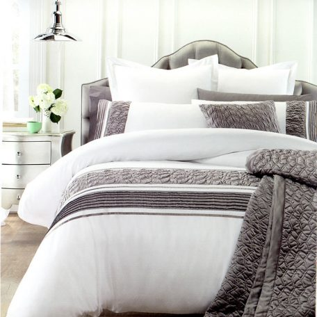 Monica Quilt Cover Set